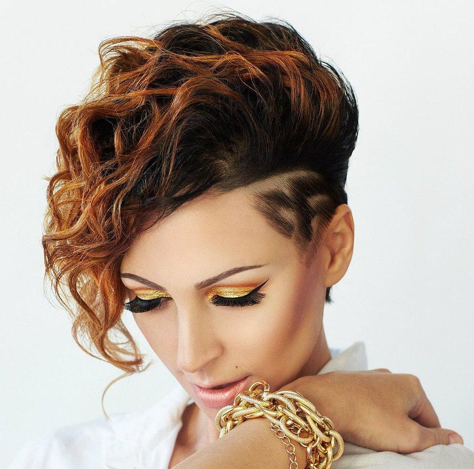 Стрижка на кудрявый волос