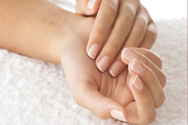Как ускорить рост ногтей на руках. Что нужно для роста ногтей. Как отрастить ногти за 1 неделю. Быстрый рост ногтей в домашних условиях, активатор роста ногтей, витамины, маски, рецепты