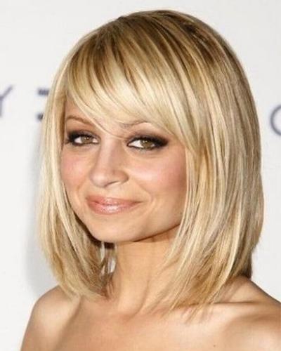 градуированная стрижка на тонкие волосы