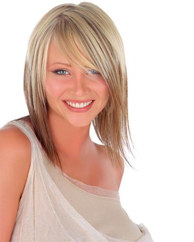 стрижка перьями для тонких волос средней длины